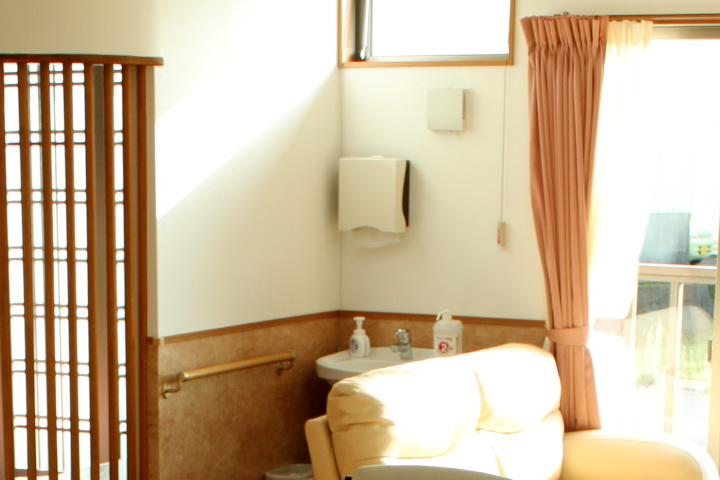 http://www.nagomi0753.jp/imgs/wall-2.jpg